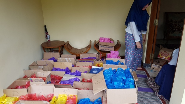 Packing-packing takjil